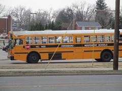 2005 IC RE - Owensboro Independent 1405 (Seasonal Spectacular) Tags: schoolbus owensboro icre owensboroindependent