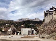 Sunny Sunday (aleta.weber) Tags: sky house mountain berg clouds hill ruin himmel haus berge ruine montenegro kotor