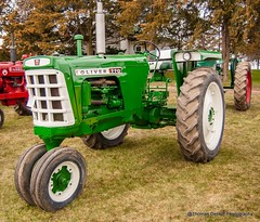 Oliver 770 Tractor (Thomas DeHoff) Tags: tractor green oliver sony iowa 770 a700