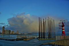 windorgel na regenbui (Omroep Zeeland) Tags: strand boot boulevard natuur zeeland zee zon regen vlissingen ondergaande windorgel