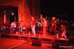 M4211318 (pierino sacchi) Tags: musica lotta piazzale lavoro canti canzoni ghinaglia bandapopolaredellemiliarossa