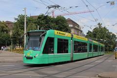 328 (KennyKanal) Tags: siemens tram basel grn bvb basler combino verkehrsbetriebe schienenfahrzeug drmmli