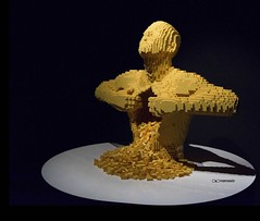 {Ci che ci sta alle spalle e ci che ci sta di fronte, sono ben poca cosa rispetto a ci che  dentro di noi. ~ RALPH WALDO EMERSON} The art of the Brick a Roma (maresaDOs) Tags: mostra sculpture roma brick art statue toy artwork italia arte lego surreal plastic the the artecontemporanea of mattoncini nathansawaya theartofthebrick nathan brick sawaya