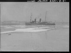 Etelsatama, Vinminen; jnmurtaja avaamassa Etelsatamaa kevtliikenteelle 16.4.1922 (KansallisarkistoKA) Tags: 1922 icebreaker jnmurtaja vinminen