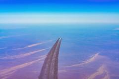 Sahara (dlorenz69) Tags: cruise sunset sahara race plane airplane desert dusk space raum aircraft altitude air flight jet egypt himmel atmosphere flugzeug rennen luft gypten airliner wste reise tropopause overtaking kondensstreifen flug leere flieger berholen reiseflug