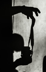 Peek-A-Boo - Artist on Canvas (Astroredg) Tags: light shadow portrait bw selfportrait silhouette dark blackwhite artist photographer autoportrait lumire peekaboo snapshot working nb ombre canvas surprise coucou toile noirblanc artiste photographe photographia blanckwhite