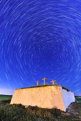 Calvario (Ivn G. Atienza) Tags: cruz nocturnas circumpolar tebar starstax