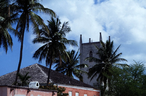 "Bahamas 1988 (207) New Providence: Christ Church Cathedral, Nassau • <a style=""font-size:0.8em;"" href=""http://www.flickr.com/photos/69570948@N04/23662686650/"" target=""_blank"">View on Flickr</a>"