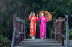 Ao Dai (Bugphai ;-)) Tags: park pink people girl beautiful field grass hat yellow lady female pose dark hair asian thailand person leaf women asia long vietnamese alone sad adult action think feel young posing scene vietnam national single thai only lea lonely afraid process miss grassland solitary polite sadly brokenhearted lonesome heartbroken lovelorn solitarily