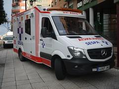 OPC 291215 021 (Jusotil_1943) Tags: yellow hospital uvi ambulancia opc291215