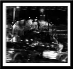 La movida madrilea (seguicollar) Tags: madrid bw luz noche movida ciudad sombra nocturna autos velocidad coches photomanipulacin imagencreativa virginiasegu
