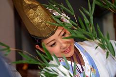 fukumusume, Imamiyaebisu-jinja (shrine), Osaka (jtabn99) Tags: japan lady shrine nippon osaka jinja naniwa     nokorifuku  kicchou 20160111