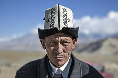 A'ketashi 641 (PEOPLEIMEET) Tags: china old people man face hat republic arabic teacher peoples  kyrgyz language script trung kyrgyzstan wrinkles kina chin cina xina gabor    zhongguo tiongkok  chiny  kna in quc thepeopleimeet  peopleimeet  na    kitajska tsina       khirgyz humansofchina humansofshanghai