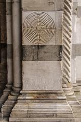 Lucca - Duomo San Martino - Labirinto (Giancarlo - Thanks for > 1,5 Million Views) Tags: nikon san italia lucca luc duomo toscana toscane labyrinth martino italie labirinto d300 labyrinthe ital lucques giancarlofoto
