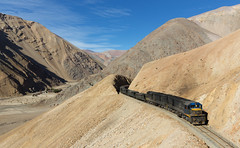 Around the bend (david_gubler) Tags: chile train railway llanta potrerillos ferronor