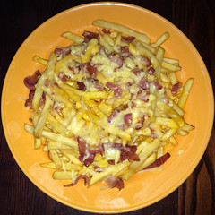 Cheese & bacon wet fries (Leo Reynolds) Tags: food cheese bacon fries chip squaredcircle iphone 5s iphoneography xleol30x iphone5s xxx2016xxx sqset123