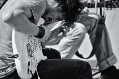 Il chitarrista (D'Angelo Salvatore) Tags: street music white black rock artist guitar blues bianco nero musicista chitarrista