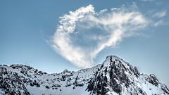 Il y a de l'amour dans l'air. (virginiefort) Tags: sky cloud mountain snow france montagne nikon ciel neige nuage pyrnes mongie d600 afs241204ged
