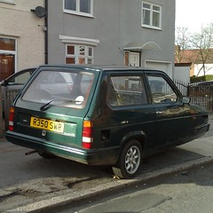 (uk_senator) Tags: green robin 1997 rialto reliant