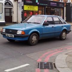 φ (uk_senator) Tags: blue ford 1982 escort gl mk3