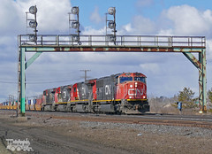 CN 5672 (Ramblings From The 4th Concession) Tags: freighttrains cnrail emdlocomotives sd75i cn5672 parisont parisjct cndundassub panasonicfz1000
