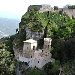 Vedetta (Luquit) Tags: italy sicily sicilia erice trapani pepoli torrettapepoli