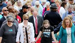 04-14-2016 Governor Attends Prayer Rally