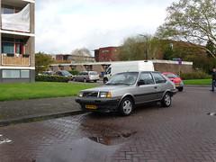 Volvo 340 DL 1989 Apeldoorn buurtoudjes (willemalink) Tags: volvo 1989 dl apeldoorn 340 buurtoudjes