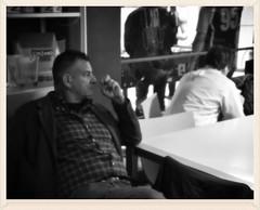 Il pensiero artistico (Colombaie) Tags: gay roma sport arte rugby candid uomo uno lgbt friendly tre tavolo insieme ritratto amicizia due nuoto aperitivo artista sportivo convivium uomini divertimento 2016 squadra maschio omosessuali integrazione coppie assieme divertirsi parlare chiacchierare pensieroso squadre nuotatore caffletterario 22aprile conversare rugbista raccoltafondi autofinanziamento eterosessuali gruppopesceroma gruppetti liberarugbyclub massimosaverioruiu