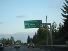 IMG_2075 (aaroncity) Tags: sign i5 interstate5 i205 traveltime variablemessagesign wsdot interstate205 intelligenttransportation