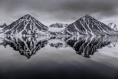 2_Black_&_White_Mountain_Reflections_WEB-1 (idphotodoc) Tags: max beach norway wolf marlene svalbard debbie nsb artic polarbears longyearbyn