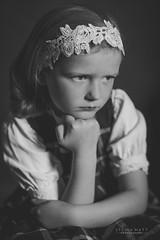 _DSC8144 (SteinaMatt) Tags: red portrait white black girl matt photography faces expression steinunn ljsmyndun steina matthasdttir steinamatt