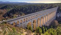 L'aqueduc de Roquefavour. (minougilou) Tags: eau pont provence aqueduc