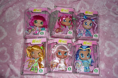 P1040476_Winx_Pixie_ (applecandy spica) Tags: pink blue pixy cute green yellow rainbow doll box lavender digit pixie fairy lilac fate tune fairies pixies amore mib bambole fata bambola piff nrfb winx chatta lockette winxclub giochipreziosi