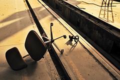 290612_025   abgebaute Stelle (the_apex_archive) Tags: vienna wien detail austria chair ground apex lying stuhl overturned boden sessel reste swivelchair knockedover liegend knockeddown bürostuhl umgestürzt aufgelassen umgefallen amboden drehstuhl zurückgelassen aufgegeben drehsessel bürosessel 290612 umgestosen railwayservicehangar öbbwerkshalle