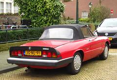 1988 Alfa Romeo Spider 1.6 (rvandermaar) Tags: spider 1988 alfa romeo 16 alfaromeo alfaspider alfaromeospider sidecode5 jgnl91
