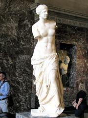 Venus de Milo. (dckellyphoto) Tags: sculpture woman paris france art statue stone museum female carved ledefrance venus louvre interior armless artmuseum venusdemilo 2010