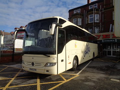 BU13ZTR Alfa Coaches number 72 at the Queens Hotel, Blackpool (j.a.sanderson) Tags: mercedes benz coach alfa blackpool 72 coaches tourismo euxton bu13ztr
