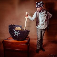 One day, I'll have a Black Flag (instantsuspendu) Tags: game childhood skull boat diy kid ship child play treasure explorer pirate squareformat imagination safe bateau onepiece enfant nino nio jollyroger jeu adventurer blackflag crne onelight trsor 2015 ttedemort explorateur coffre aventurier strobist pavillonnoir blacksails vsco drapeaupirate yoanlocfaure instantsuspendustudio
