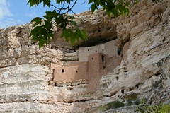 Montezuma Castle (designsbykari) Tags: arizona usa canon desert native unitedstatesofamerica sedona roadtrip cliffdwelling campverde montezumacastle