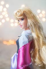 Briar rose(Aurora) (Rodfhaii) Tags: pet friend disney aurora sleepingbeauty disneystore disneyprincess disneydoll briarrose