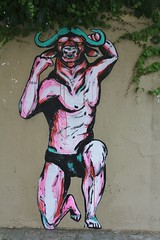 Suriani_3758 rue Levert Paris 20 (meuh1246) Tags: streetart paris belleville minotaure ruelevert paris20 suriani