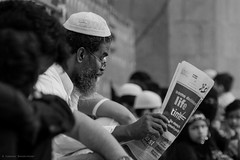 Aaj Ki Khabar (Subhash Bhoomireddy Photography) Tags: blackandwhite newspaper hyderabad charminar morningnews meccamasjid khabar nikon70300mm nikon70300 nikonindia nikond5200 subhashbhoomireddy aajkikhabar