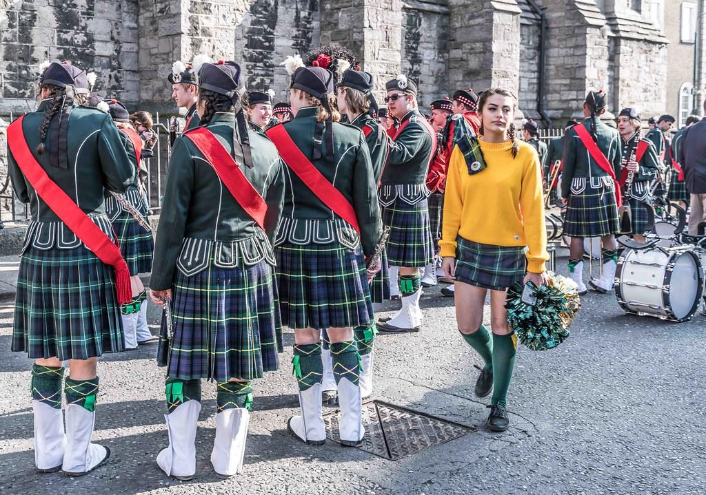 SHORECREST HIGH SCHOOL [ST. PATRICK'S PARADE IN DUBLIN 2016]-112219