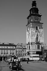 Edificio del Ayuntamiento (Cracovia) (Egg2704) Tags: bw byn arquitectura edificio poland polska bn cracow polonia cracovia cracov egg2704
