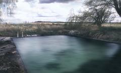 La piscina de los abandonados [ EXPLORE] (mls2012) Tags: old water pool canon landscape agua paisaje piscina campo estanque provincia burgos antiguo castillaylen ttrico canonphotography presencio