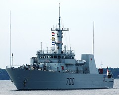 HMCS KINGSTON (Roger Litwiller -Author/Artist) Tags: kingston roger hmcs rcn litwiller mcdv700