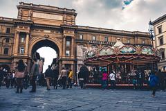Piazza della Repubblica (modesrodriguez) Tags: republica plaza people italy florence italia carousel florencia piazza tiovivo repubblica