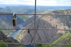 DSC_0915 (irisfernndezgmez) Tags: travel sky espaa naturaleza love nature fun spain paisaje galicia aire libre ribeirasacra candados