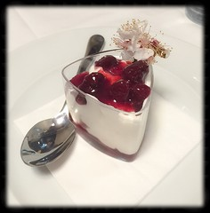 Dolce alla ricotta (lasanfel) Tags: dolce sherry ricotta ciliegia